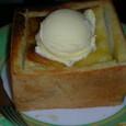 ハニートースト アイスクリームのせ